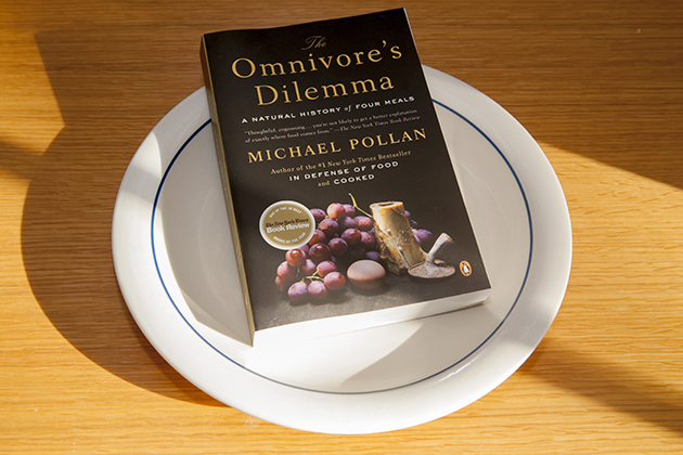 The Omnivore's Dilemma (book cover)